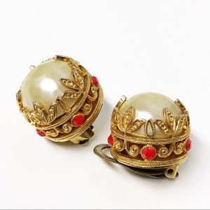 Vintage Pearl Clip Earrings Marked Italy